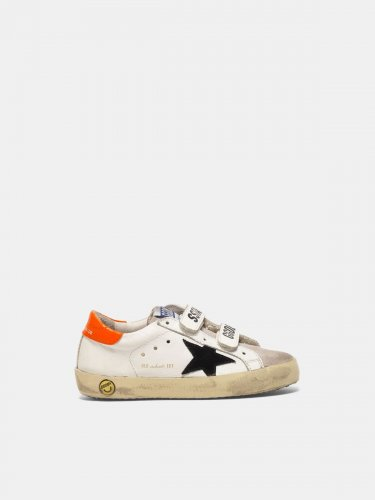 Old School sneakers made of leather with orange heel tab