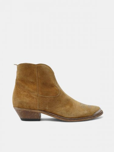 Young ankle boots in copper-coloured suede leather