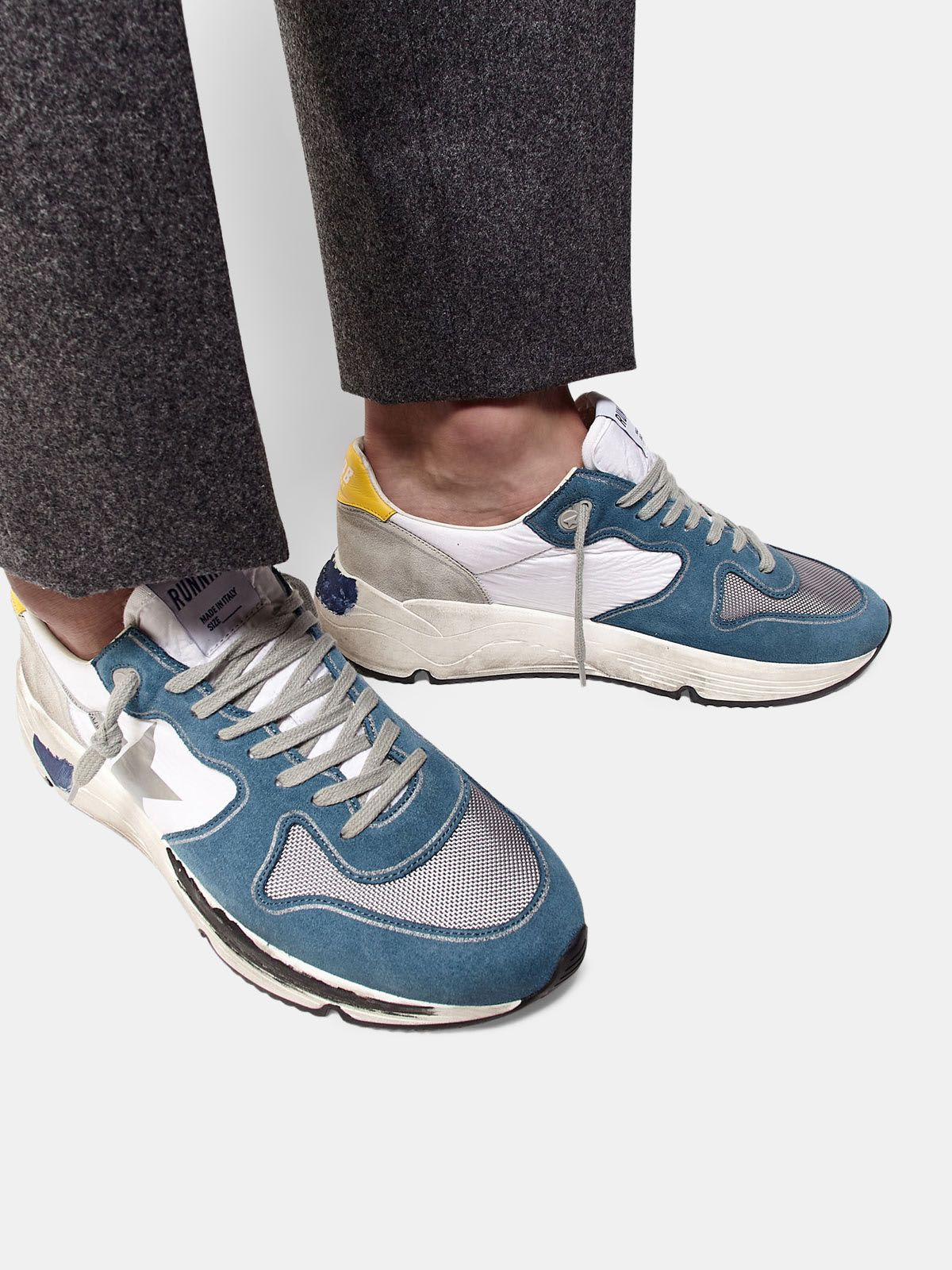 Running Sole sneakers in light blue leather with silver star